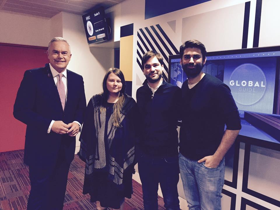 BBC News at FIVE mit Huw Edwards, Natascha Kampusch und dem Dachbuch Verlag